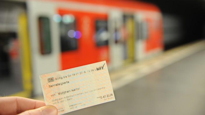 Bahnsteigkarte in München, 2018