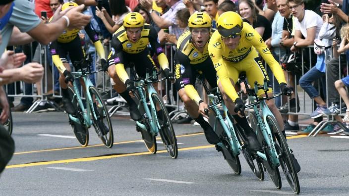 Radsport Tour de France Grand Depart in Brüssel 2 Etappe Mannschaftszeitfahren in Brüssel Mik