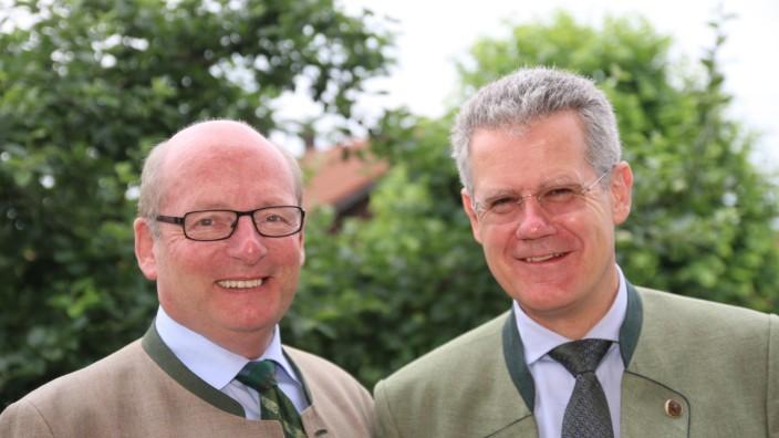 Bürgermeisterkandidat Steigenberger wird vorgestellt; Drei Parteien, ein Kandidat