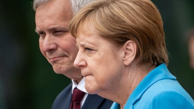 Finnlands Ministerpräsident Rinne trifft Merkel