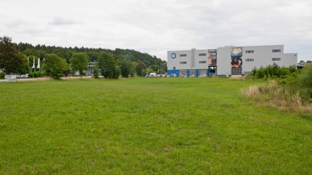 Ebersberg Neubau im Industriegebiet