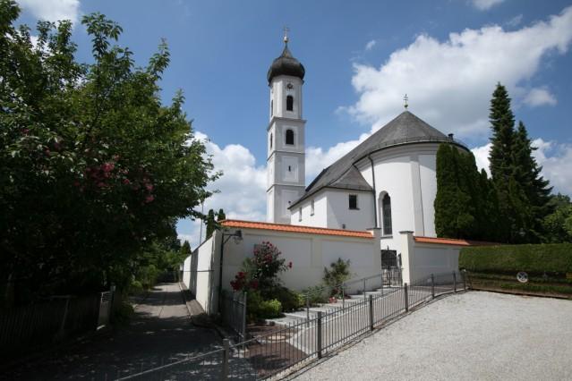 Kirche St. Valentin in Unterföhring