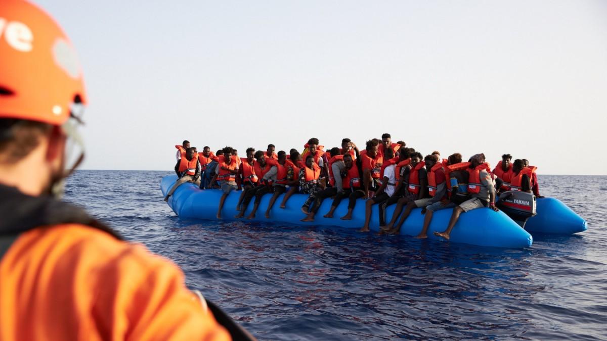 Seehofer will jeden vierten Bootsflüchtling aufnehmen