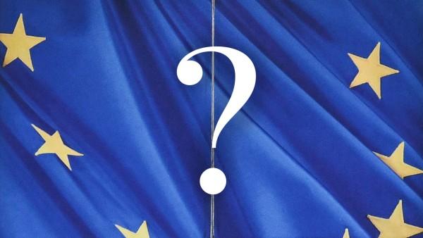 Geschlossene Eingangst¸r an der EU Kommission Berlaymont GebâÄ°ude Br¸ssel Bruessel Europavier
