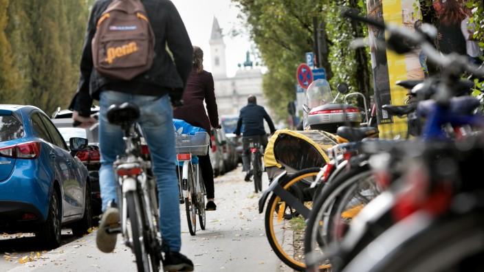 lebensgefährliches Radeln an der Leopoldstraße
