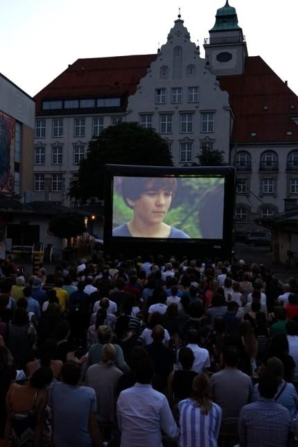 Open-Air-Kino auf dem Elisabethplatz in München, 2016