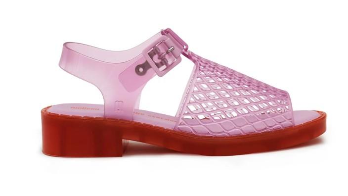 Plastik Sandale