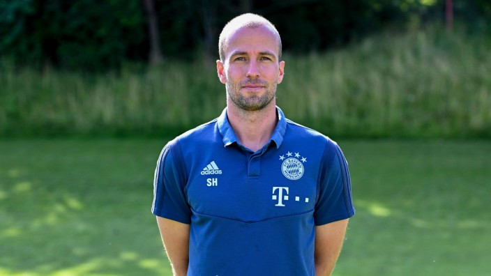 Sebastian Hoeneß Cheftrainer FC Bayern München II U23 3 Liga Porträttermin 2019 2020 *** Seb