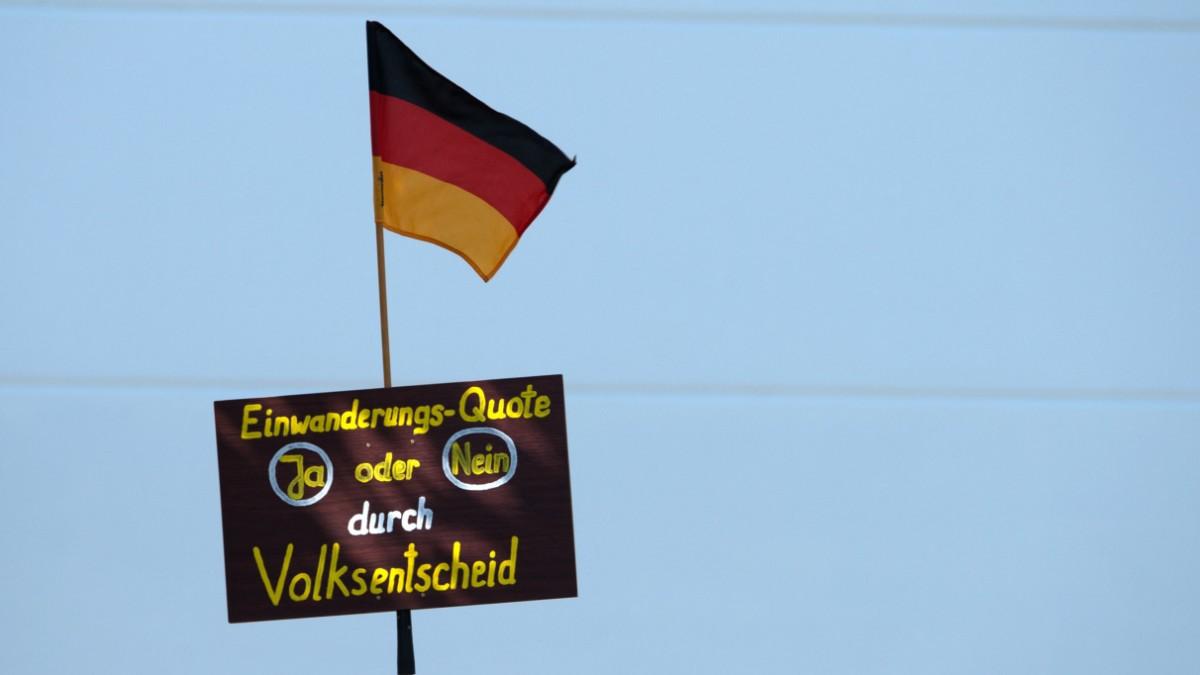 """In Ostdeutschland wird der """"Volkswille"""" glorifiziert"""