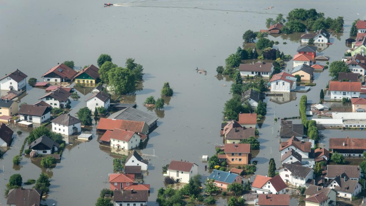 Erbitterter Streit um Flutpolder an der Donau