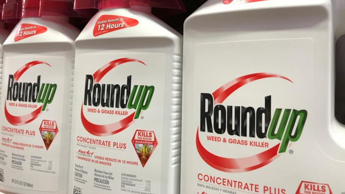 FILE PHOTO: Bayer unit Monsanto's Roundup shown for sale in California
