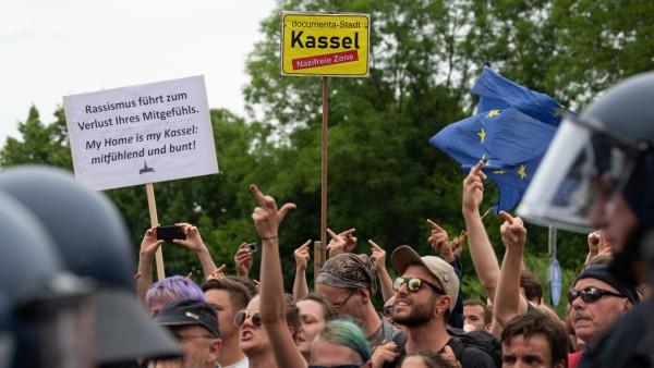 Demo gegen rechte Kundgebung