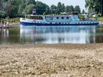 Sommerhitze - Niedrigwasser Donau