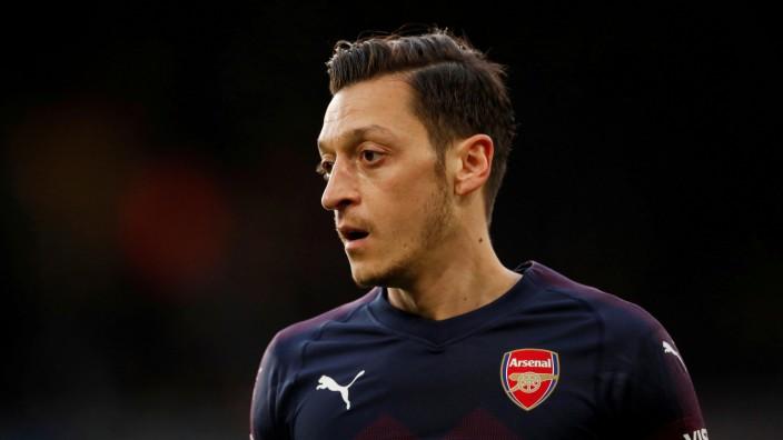 Mesut Özil im Trikot von Arsenal London