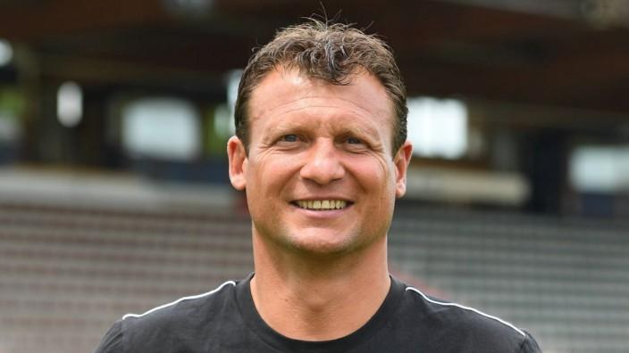 Claus Schromm Trainer SpVgg Unterhaching 3 Liga Porträttermin 2019 2020 *** Claus Schromm Trai