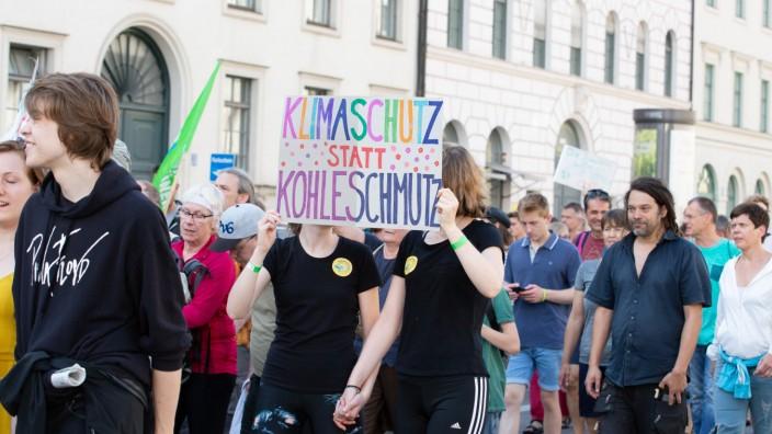 Munich for Future Demo Am 21 Juli haben sich mehr als 10 000 Menschen für eine bessere Klimapoliti