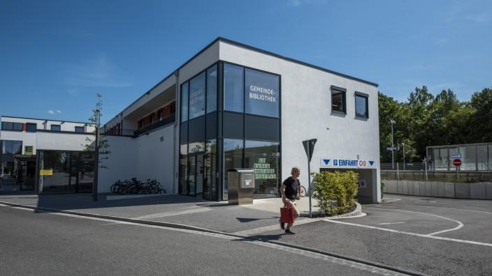 Neubiberg, Gemeindebücherei, derzeit am Bahnhof untergebracht,