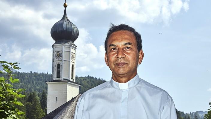 Pfarrer Gracious Chummar