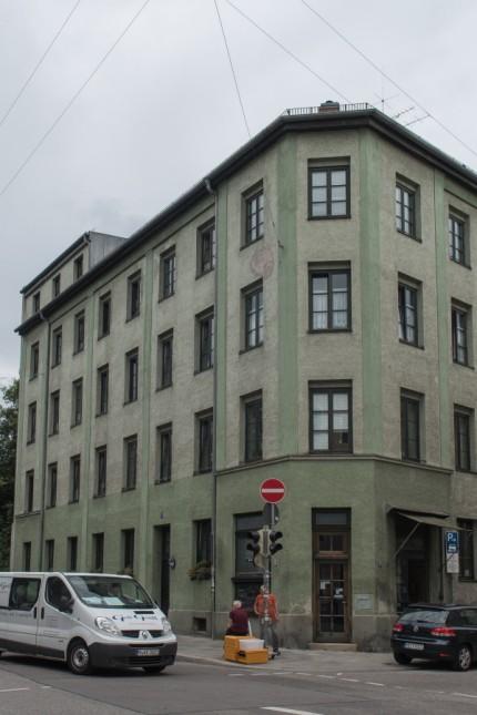 Wohnungslosenheim des Männerfürsorgevereins. Heim an der Gabelsbergerstraße 72