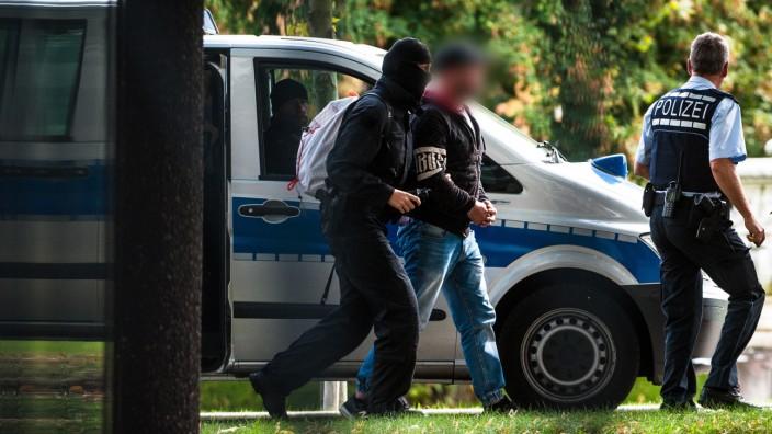 Über 800 Ermittlungsverfahren beim PTAZ in Sachsen