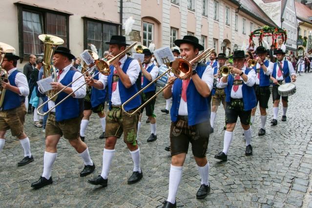 Volksfest Einzug