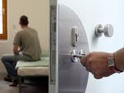 Jugendgewalt in Deutschland gesunken; dpa