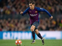 FC Barcelona v Manchester United - UEFA Champions League Quarter Final: Second Leg; Coutinho