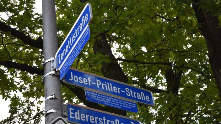 Zusatzschilder zu historisch belasteten Straßennamen in Fürstenfeldbruck