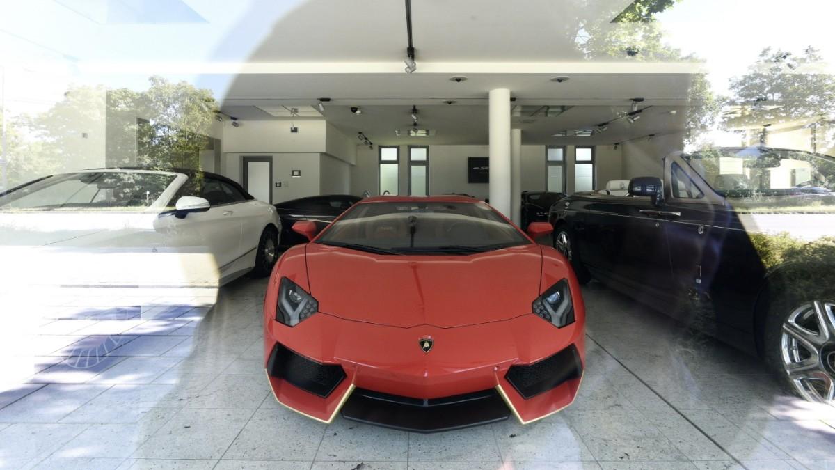 Die Autos des Herrn al-Qubaisi