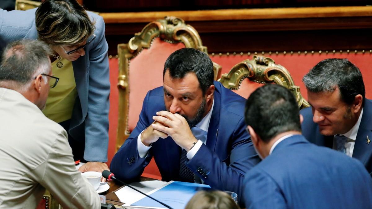Salvini stürzt über seinen Übermut