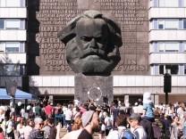 Festival âÄžKosmos Chemnitz - Wir bleiben mehrâÄœ