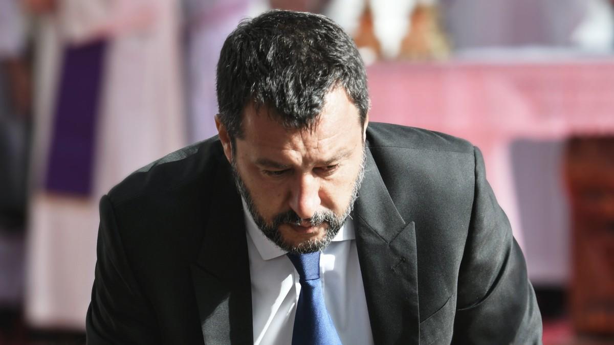 Italien - Salvini in der Opferrolle