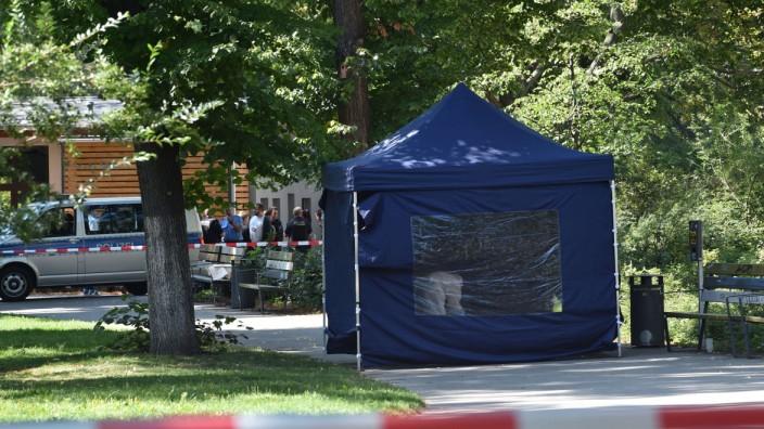 Polizei: Radfahrer soll Mann in Berlin-Moabit erschossen haben