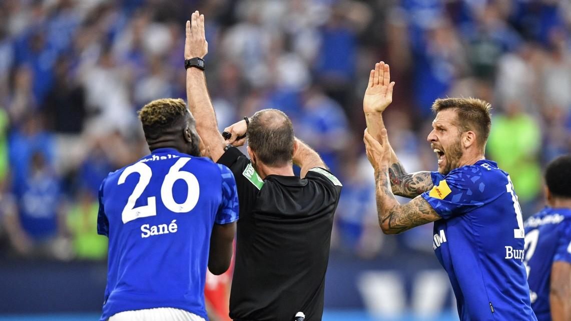 FC Bayern: Schalke hätte zwei Elfmeter bekommen können