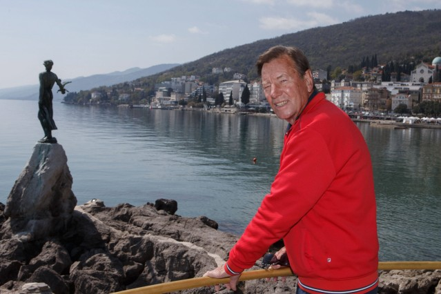 Tennis Trainer Legende Niki Pilic in Opatija Kroatien travel Niki Pilic in Opatija Kroatien Op