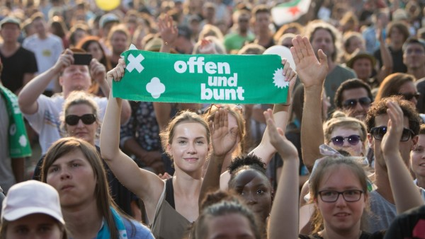 Demonstration des Bündnisses #unteilbar in Dresden