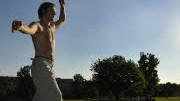Slacklining; Mann auf Seil Foto: AP