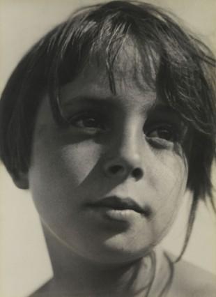 Betrachtung, 1930