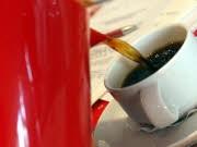 Praktika für Akademiker Kaffeekochen als Karrierestart, ddp