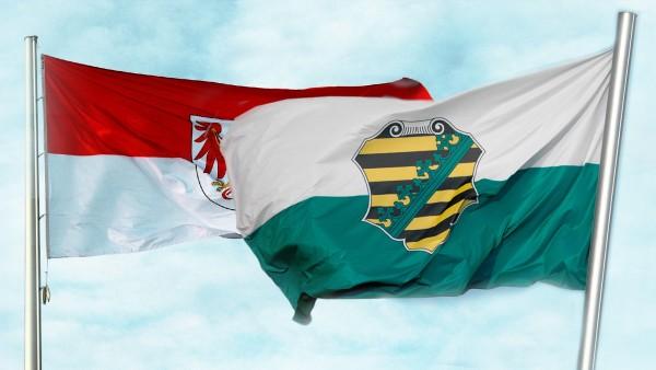 Flaggen der Bundesländer in Sachsen und Brandenburg