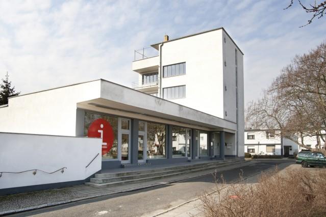 Konsumgebäude (Walter Gropius, 1928), Nordseite, Damaschkestraße, 2012