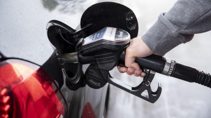 Tankstelle Auto auftanken