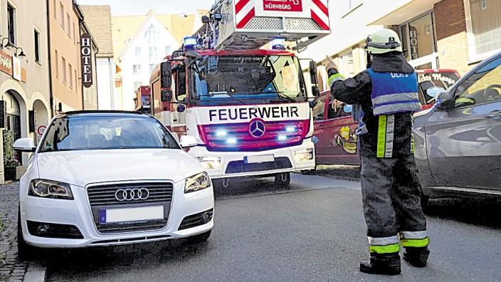 Feuerwehrfahrzeug in der Nürnberger Altstadt