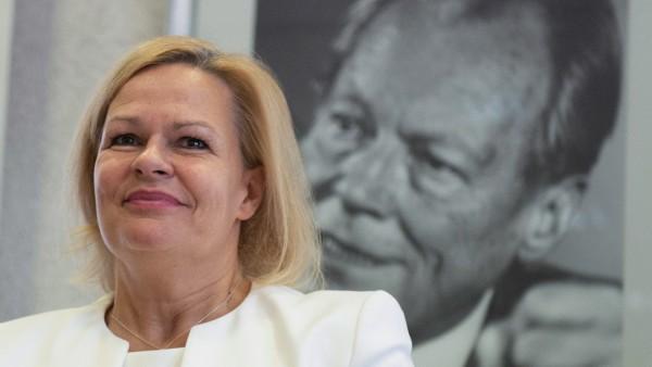 Nancy Faeser ist neue SPD-Fraktionschefin in Hessen