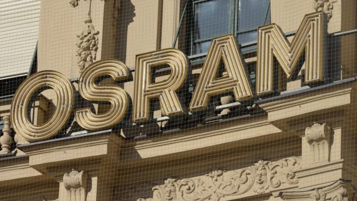 Osram Werbung Karlsplatz Muenchen Bayern Deutschland *** Osram advertising Karlsplatz Munich Bav