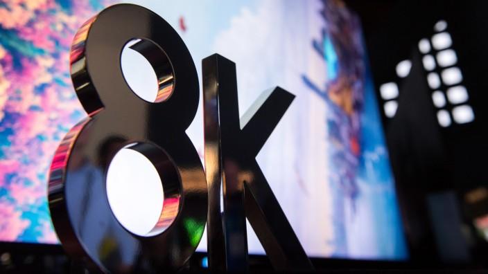 Mehr Pixel und Kanalflut: Was bei Fernsehern wichtig wird