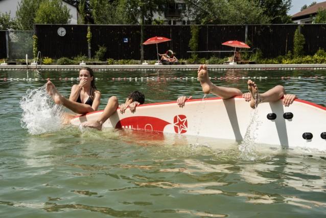 Oberhaching, Furth, Naturbad Furth, feiert demnächst 10-Jähriges,  für Jugendliche gibt es auch jede Menge Spaß,