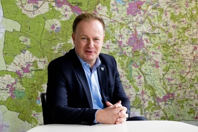 Landrat Robert Niedergesäß
