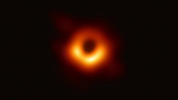 Bild vom Schwarzen Loch: Breakthrough-Preis für Bonner Forscher