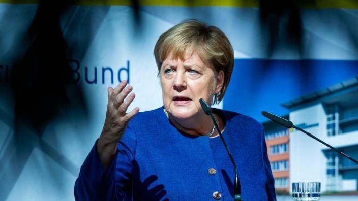 Merkel bei Deutscher Rentenversicherung
